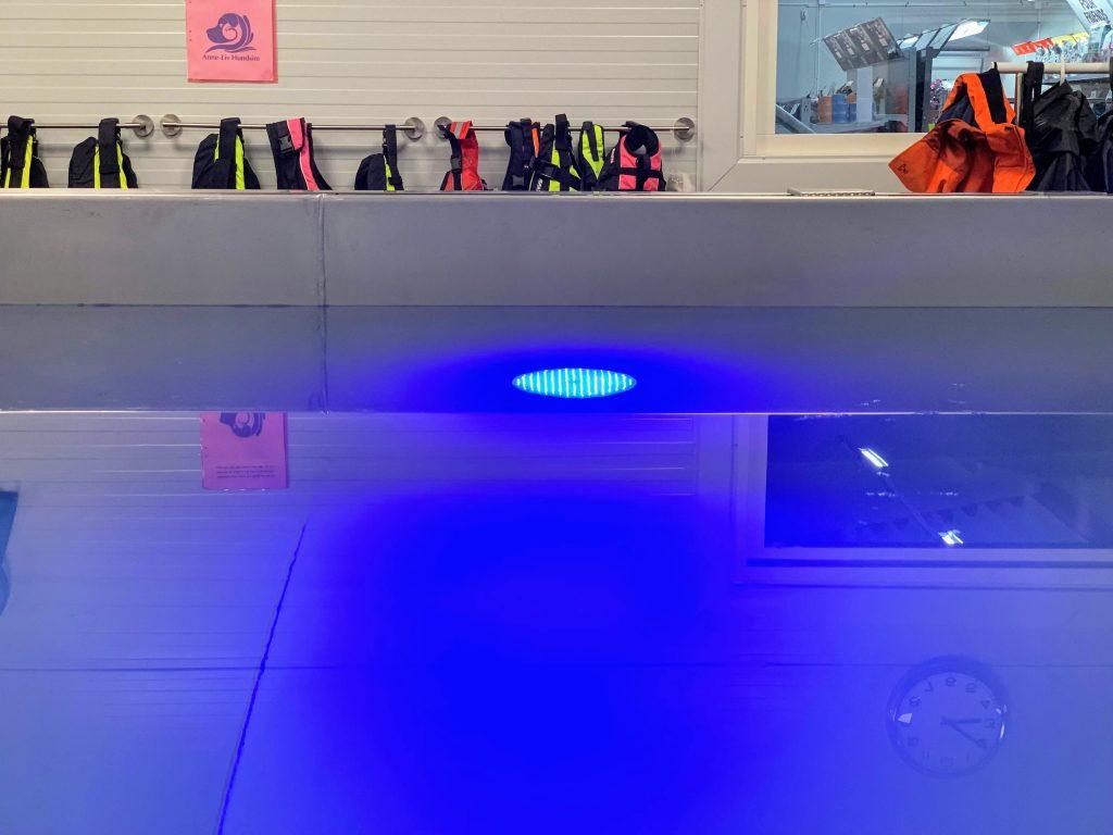 Belysning i poolen